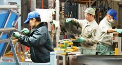 製造業、組み立て、加工、検査など
